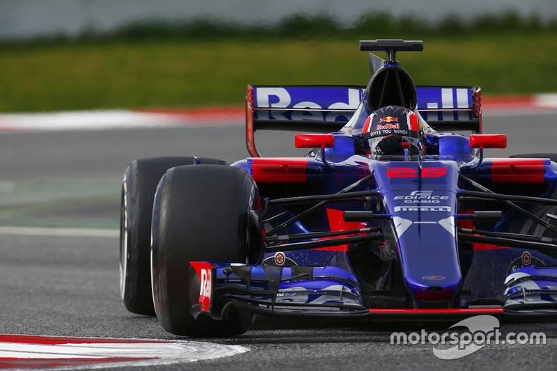 В 2017 году Даниил Квят был боевым пилотом Toro Rosso и готовился провести сезон, который позволит ему реабилитироваться после провального 2016-го...