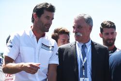 Mark Webber, Chase Carey, directeur exécutif du Formula One Group