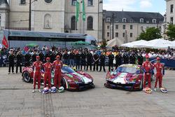 №51 AF Corse Ferrari 488 GTE: Джеймс Каладо, Алессандро Пьергвиди, Микеле Руголо; №71 AF Corse Ferra