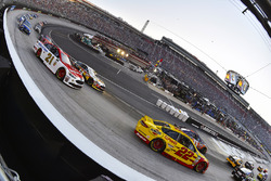 Joey Logano, Team Penske Ford, Ryan Blaney, Wood Brothers Racing Ford
