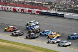 Dale Earnhardt Jr., Hendrick Motorsports Chevrolet, Austin Dillon, Richard Childress Racing Chevrole