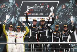 Podio: ganadores carrera Christian Engelhart, Mirko Bortolotti, GRT Grasser Racing Team, segundo lug