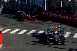 Oliver Turvey, NEXTEV TCR Formula E Team; Maro Engel, Venturi
