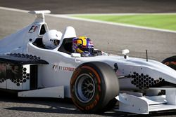 Patrick Friesacher, piloto en el auto de dos asientos de la experiencia de la F1