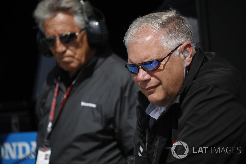Art St. Cyr, Presidente de Honda Performance Development y Mario Andretti