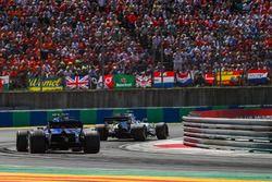 Paul di Resta, Williams FW40, Pascal Wehrlein, Sauber C36