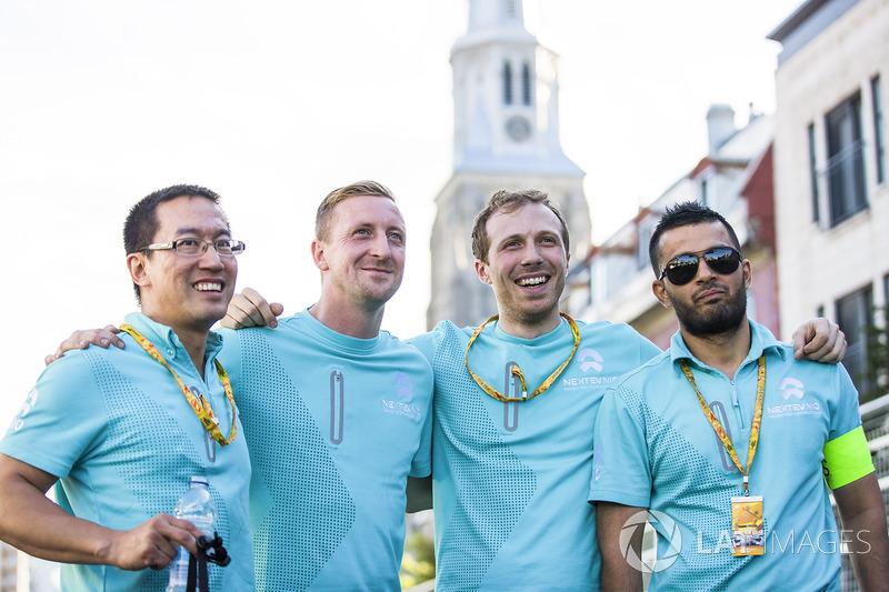 NextEV equipo en una carrera de bicis