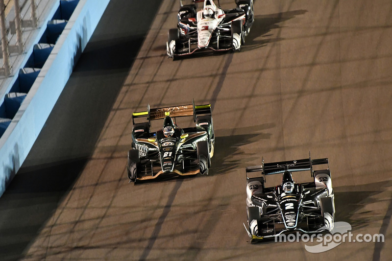 Josef Newgarden, Team Penske Chevrolet, J.R. Hildebrand, Ed Carpenter Racing Chevrolet
