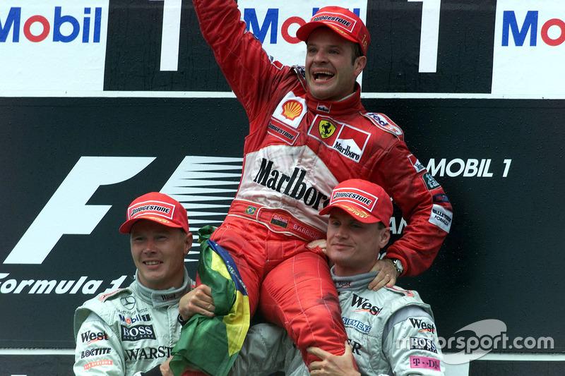 En el año 2000, Rubens Barrichello salió en 18º, pero ganó el GP de Alemania, marcado por la lluvia que iba y volvía, la invasión de pista y las intervenciones del safety car