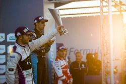 Podium: Race winner Sebastien Buemi, Renault e.Dams; second place Sam Bird, DS Virgin Racing; third place Felix Rosenqvist, Mahindra Racing
