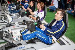 Sébastien Buemi, Renault e.Dams undd Jean-Eric Vergne, DS Virgin Racing Formula E Team bei Simulator