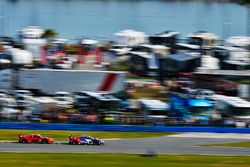 Виктор Шайтар, Андреа Бертолини, Джанмария Бруни и Джеймс Каладо, #72 SMP Racing Ferrari 488 GTE и Д