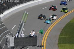 #13 Rum Bum Racing Porsche 997: Matt Plumb, Hugh Plumb se lleva el inicio