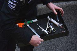 Mercedes AMG F1, Mechaniker bei der Arbeit