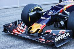 Scuderia Toro Rosso STR11 ön kanat