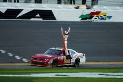 Ganador Chase Elliott, JR Motorsports Chevrolet