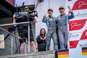 Podium: Race winner #76 R-Motorsport Aston Martin Vantage AMR GT3: Ricky Collard, Marvin Kirchhöfer