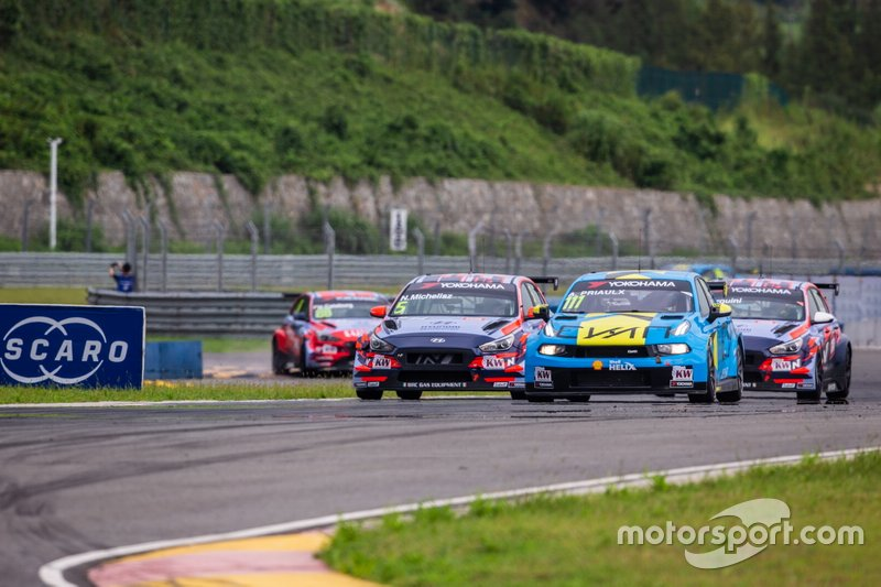 Andy Priaulx, Cyan Performance Lynk & Co 03 TCR, Norbert Michelisz, BRC Hyundai N Squadra Corse Hyundai i30 N TCR