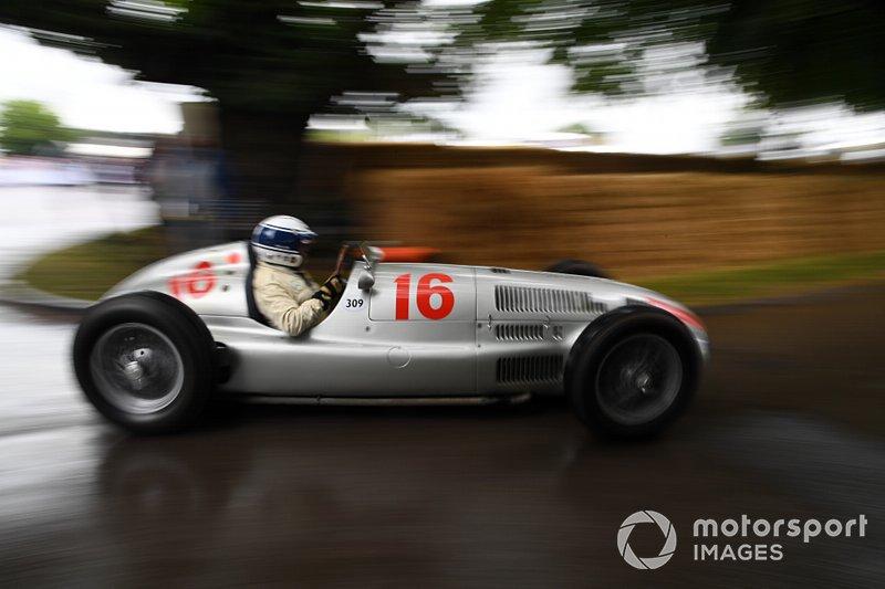 Mercedes-Benz W165 Jochen Mass