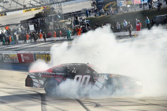 Ganador Cole Custer, Stewart-Haas Racing, Ford Mustang Production Alliance Group