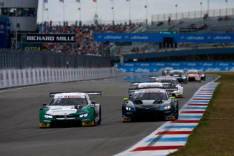 Marco Wittmann, BMW Team RMG, BMW M4 DTM, Daniel Juncadella, R-Motorsport, Aston Martin Vantage AMR