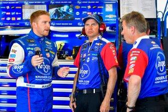 Chris Buescher, JTG Daugherty Racing, Chevrolet Camaro Planters, Trent Owens