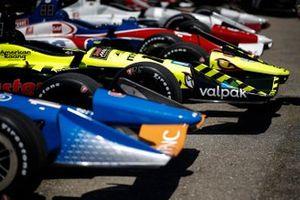 Феликс Розенквист, Chip Ganassi Racing Honda, и Себастьен Бурдэ, Dale Coyne Racing with Vasser-Sullivan Honda