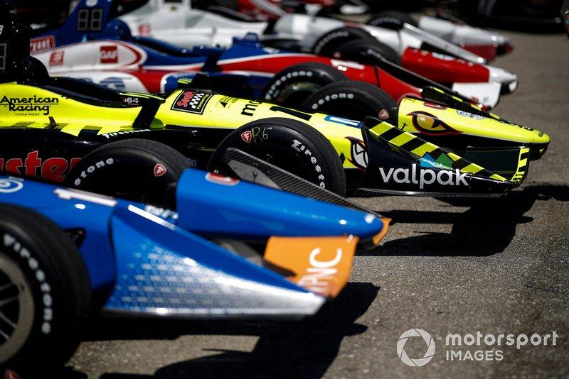 Felix Rosenqvist, Chip Ganassi Racing Honda, Sebastien Bourdais, Dale Coyne Racing with Vasser-Sullivan Honda