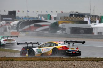Sheldon van der Linde, BMW Team RBM, BMW M4 DTM spins