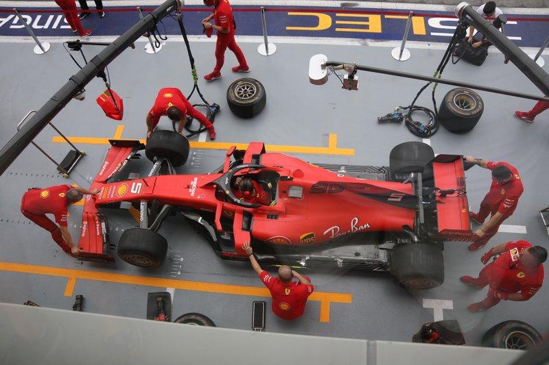 Ferrari SF90 atualizada