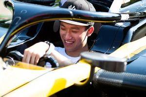 Guanyu Zhou, UNI Virtuosi Racing
