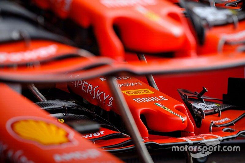 Detalle de la nariz delantera del Ferrari SF90