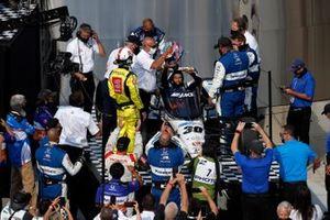 Takuma Sato, Rahal Letterman Lanigan Racing Honda viert de overwinning
