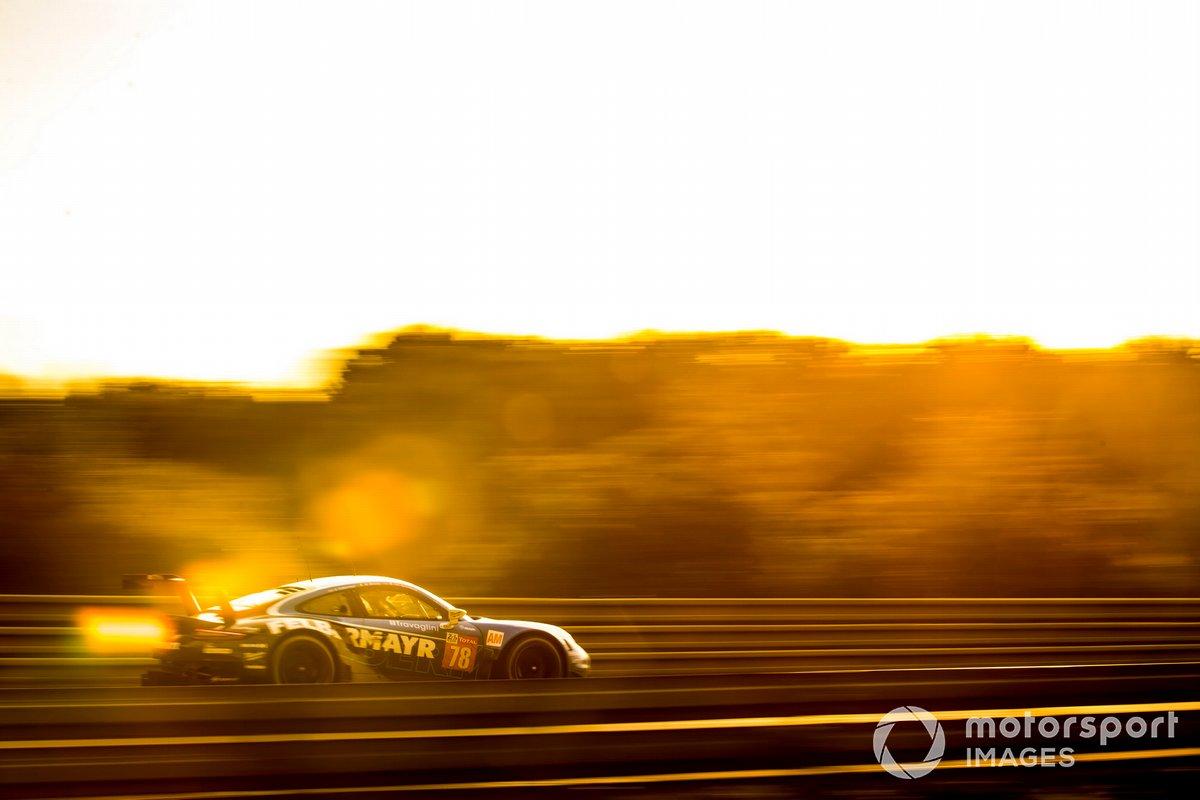 #78 Proton Competition Porsche 911 RSR: Horst Felbermayr Jr., Michele Beretta, Max van Splunteren