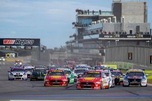 Start der Supercars 2020 in Tailem Bend: Fabian Coulthard, DJR Team Penske Ford, führt