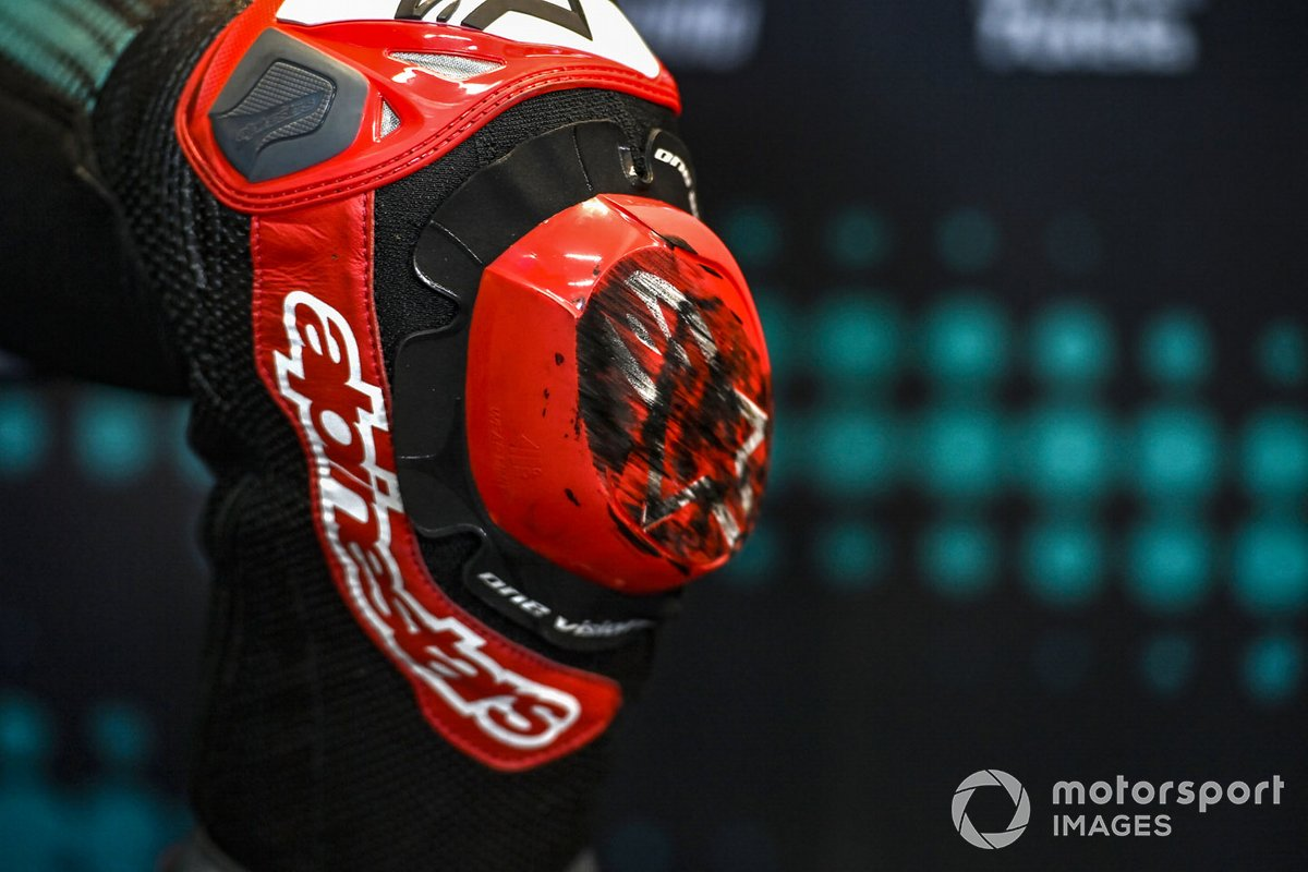 Fabio Quartararo, Petronas Yamaha SRT, kneeslider