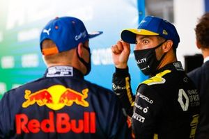 Max Verstappen, Red Bull Racing, 2nd position, and Daniel Ricciardo, Renault F1, 3rd position, in Parc Ferme