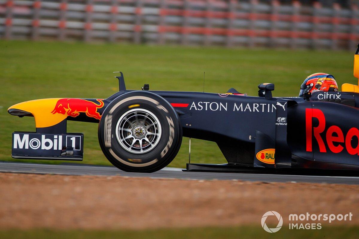 Johnathan Hoggard, Red Bull Racing RB8