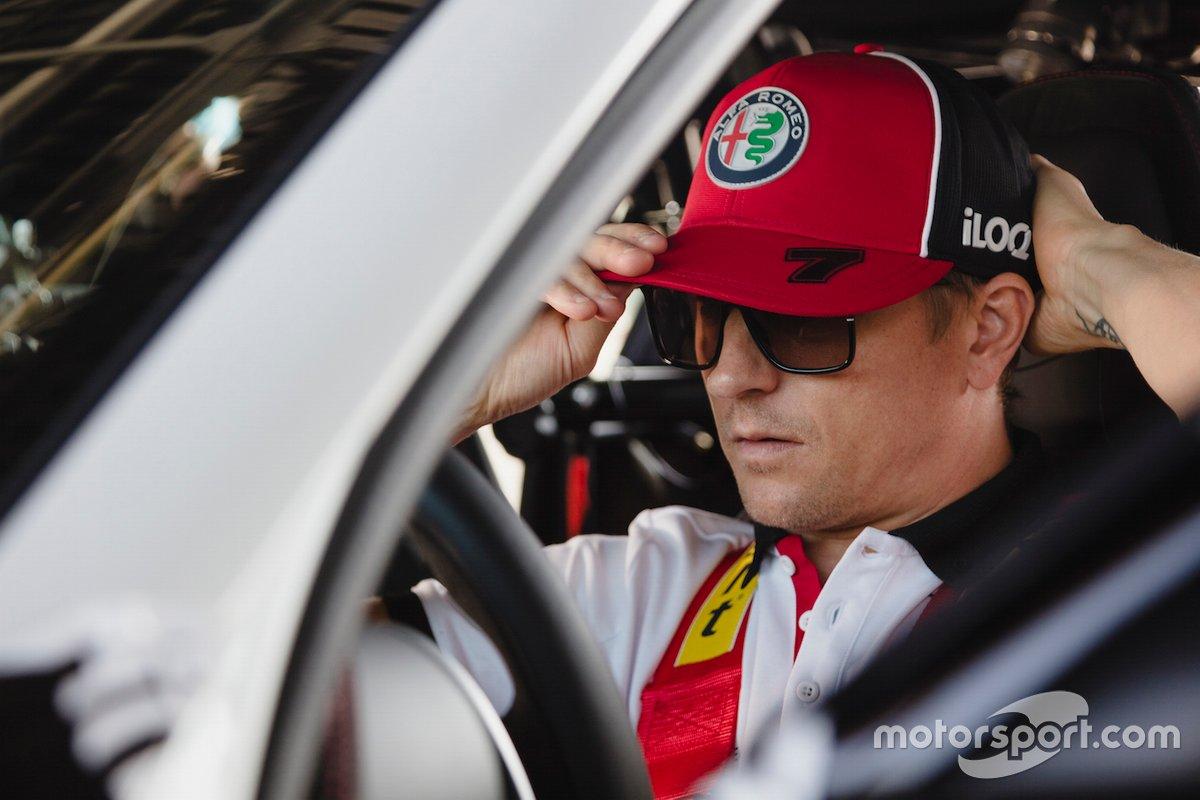 Kimi Raikkonen, Alfa Romeo Racing, Alfa Romeo Giulia GTA