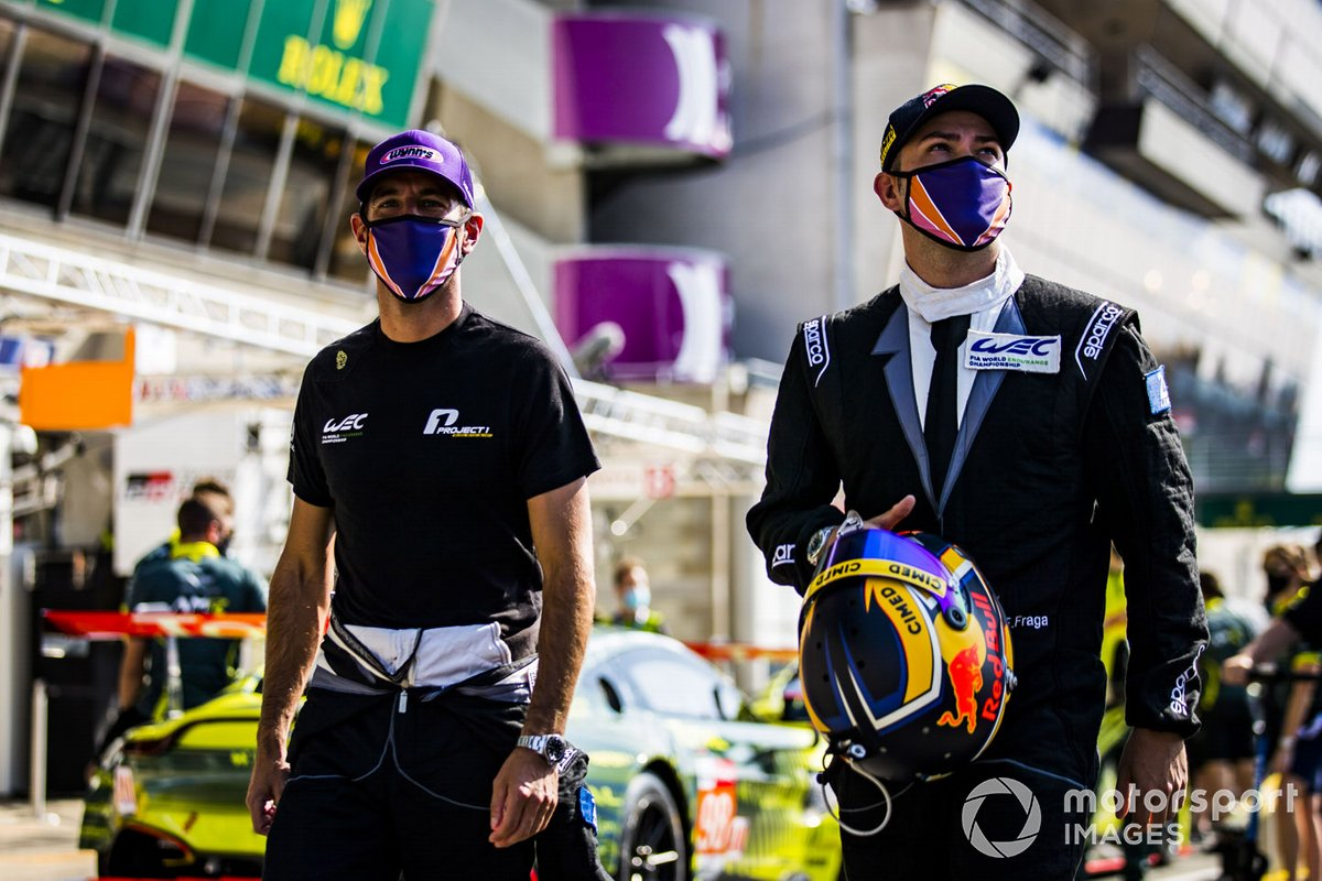 #56 Team Project 1 Porsche 911 RSR: Jeroen Bleekemolen, Felipe Fraga