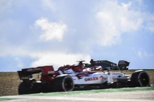 Lewis Hamilton, Mercedes F1 W11 and Kimi Raikkonen, Alfa Romeo Racing C39