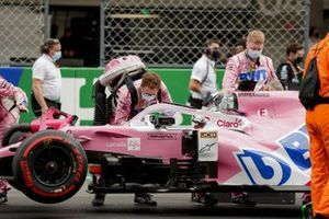 Sergio Perez, Racing Point RP20, arrives on the grid