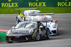 Philippe Haezebrouck, CLRT, leads Jordan Love, Fach Auto Tech, and Jean-Baptiste Simmenauer, Lechner Racing Middle East