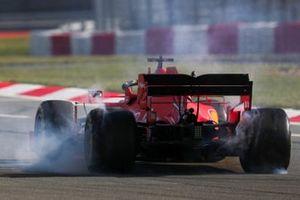 Sebastian Vettel, Ferrari SF1000, spins on track