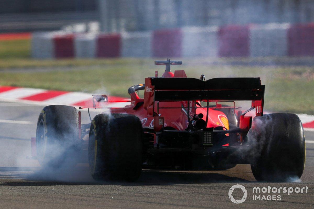 Trompo de Sebastian Vettel, Ferrari SF1000
