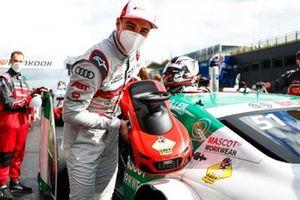 Nico Müller, Audi Sport Team Abt Sportsline con un regalo
