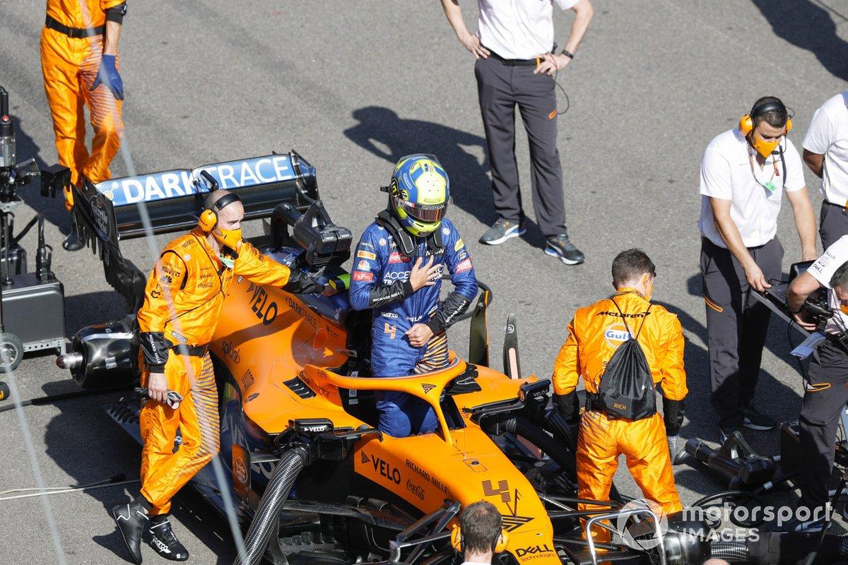 Lando Norris, McLaren, sulla griglia di partenza