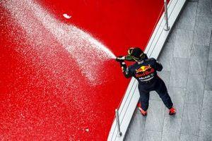 Max Verstappen, Red Bull Racing, viert zijn tweede plaats