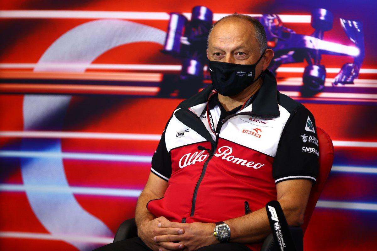 Frederic Vasseur, Team Principal, Alfa Romeo Racing, alla conferenza stampa dei team principal