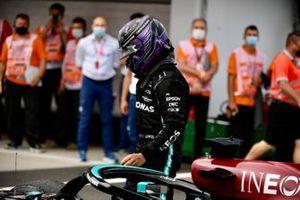 Tercer lugar Lewis Hamilton, Mercedes, llega a Parc Ferme